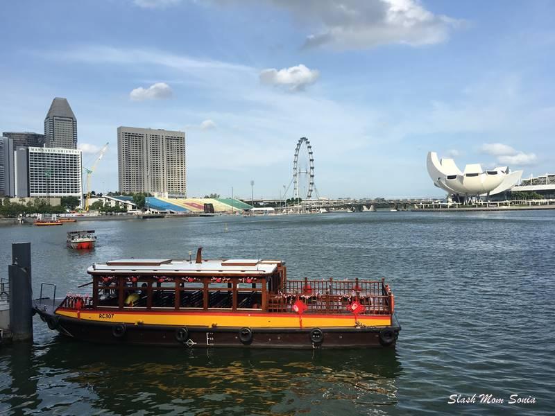 濱海灣觀光船