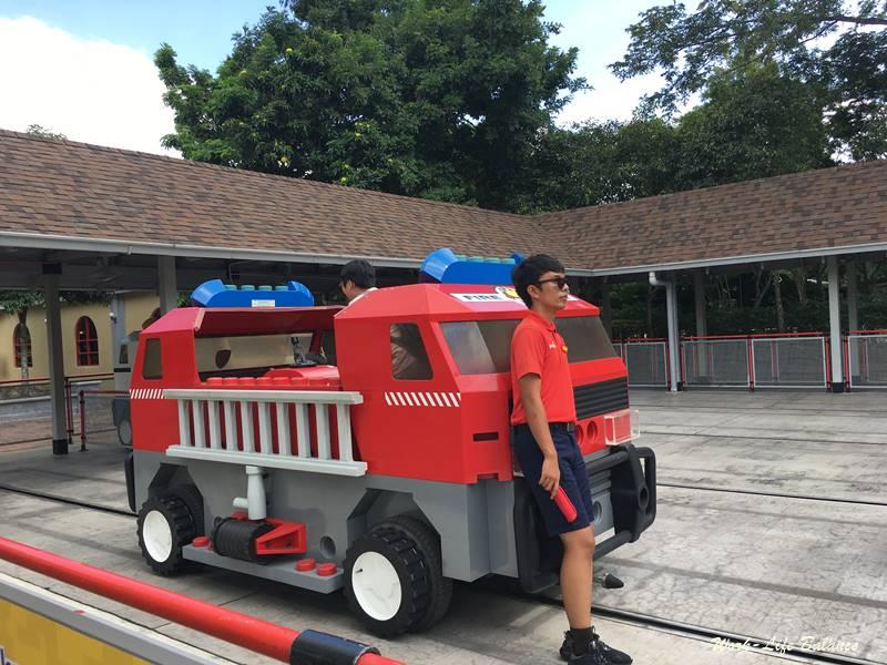 救援學院消防車